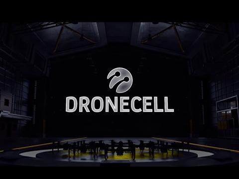 İlk Uçan Baz İstasyonu Dronecell!